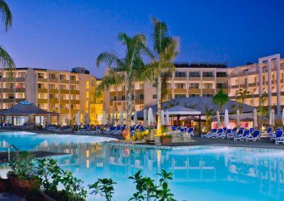 db Seabank Resort & Spa