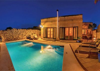 Villas with Pool