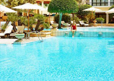 Pool & Gardens