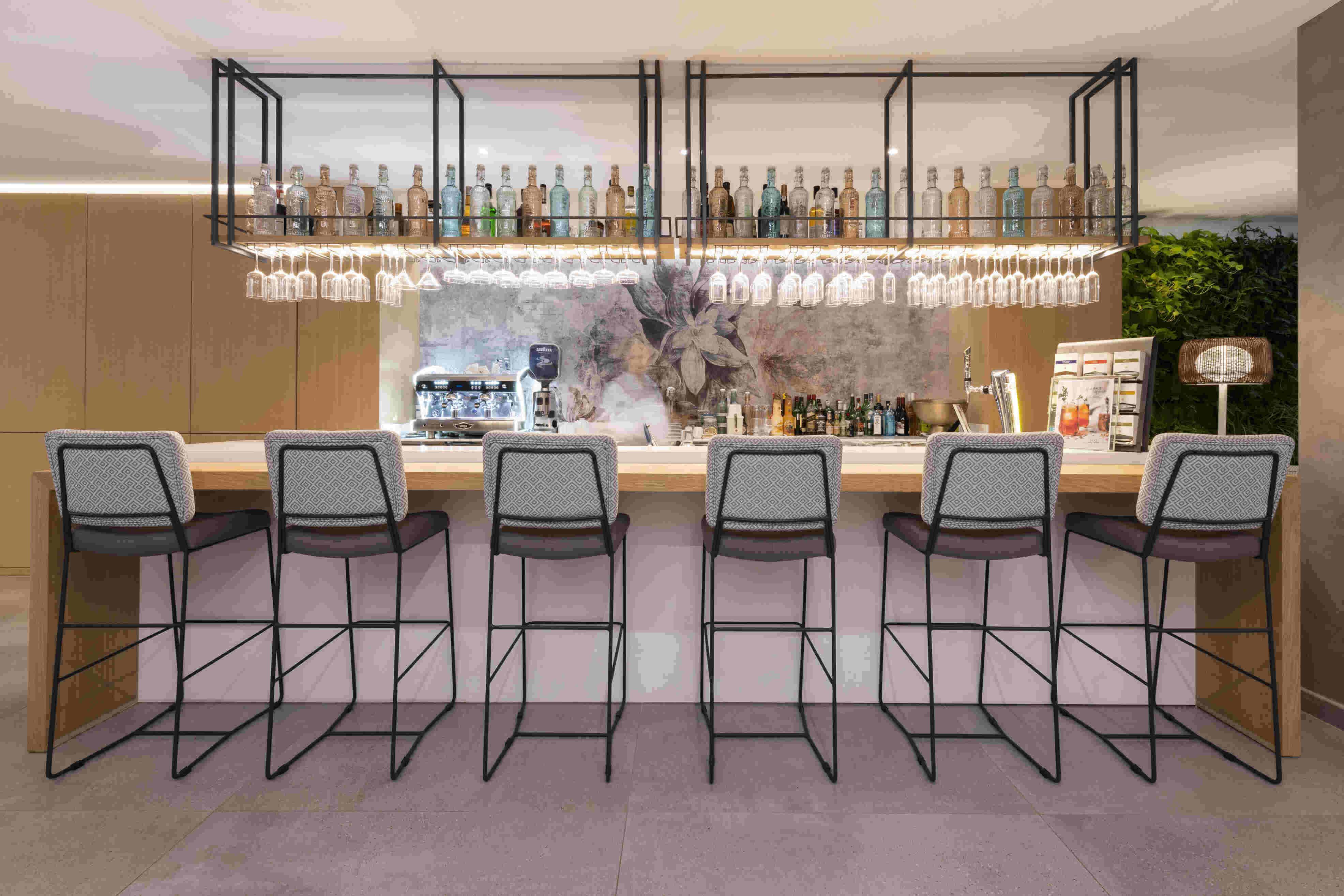 Lounge - Cafe Juliani